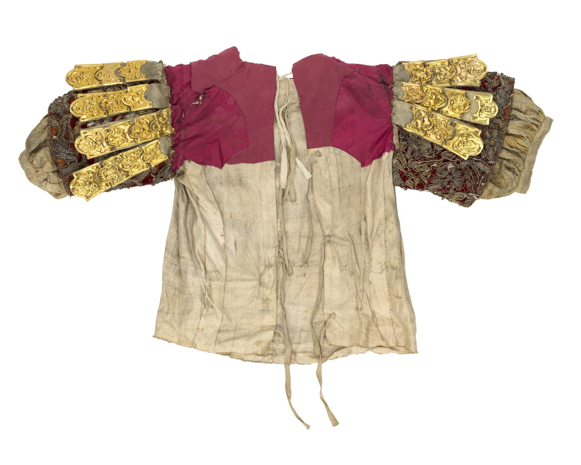 Kortärmad skjorta med guldpålägg på ärmarna.