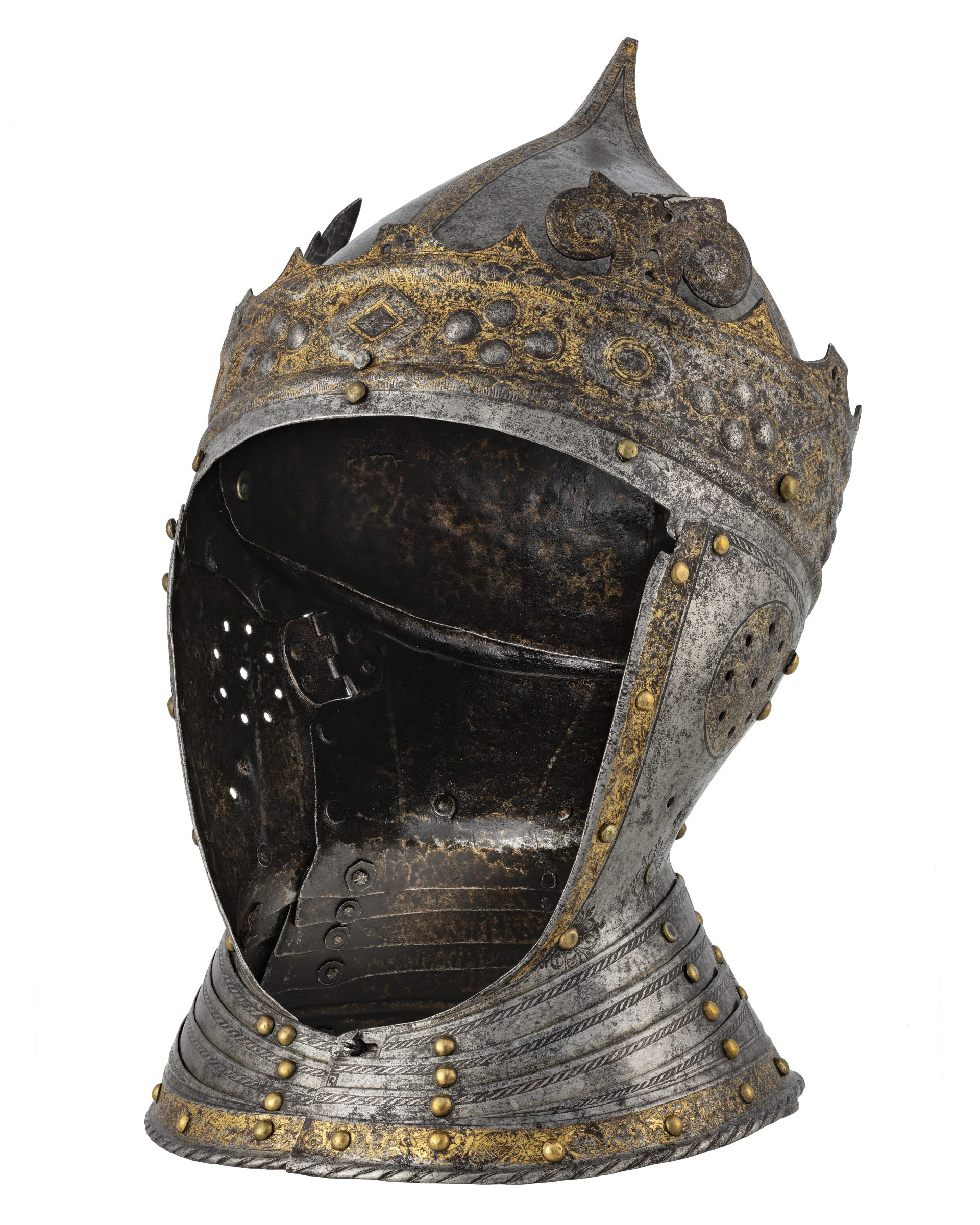 A pointed helmet with a crown.